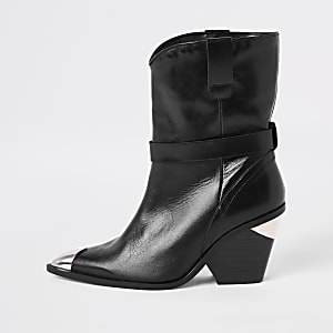 a48c2e3d04e Black leather western ankle boots