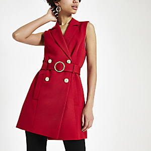 Red sleeveless belted blazer