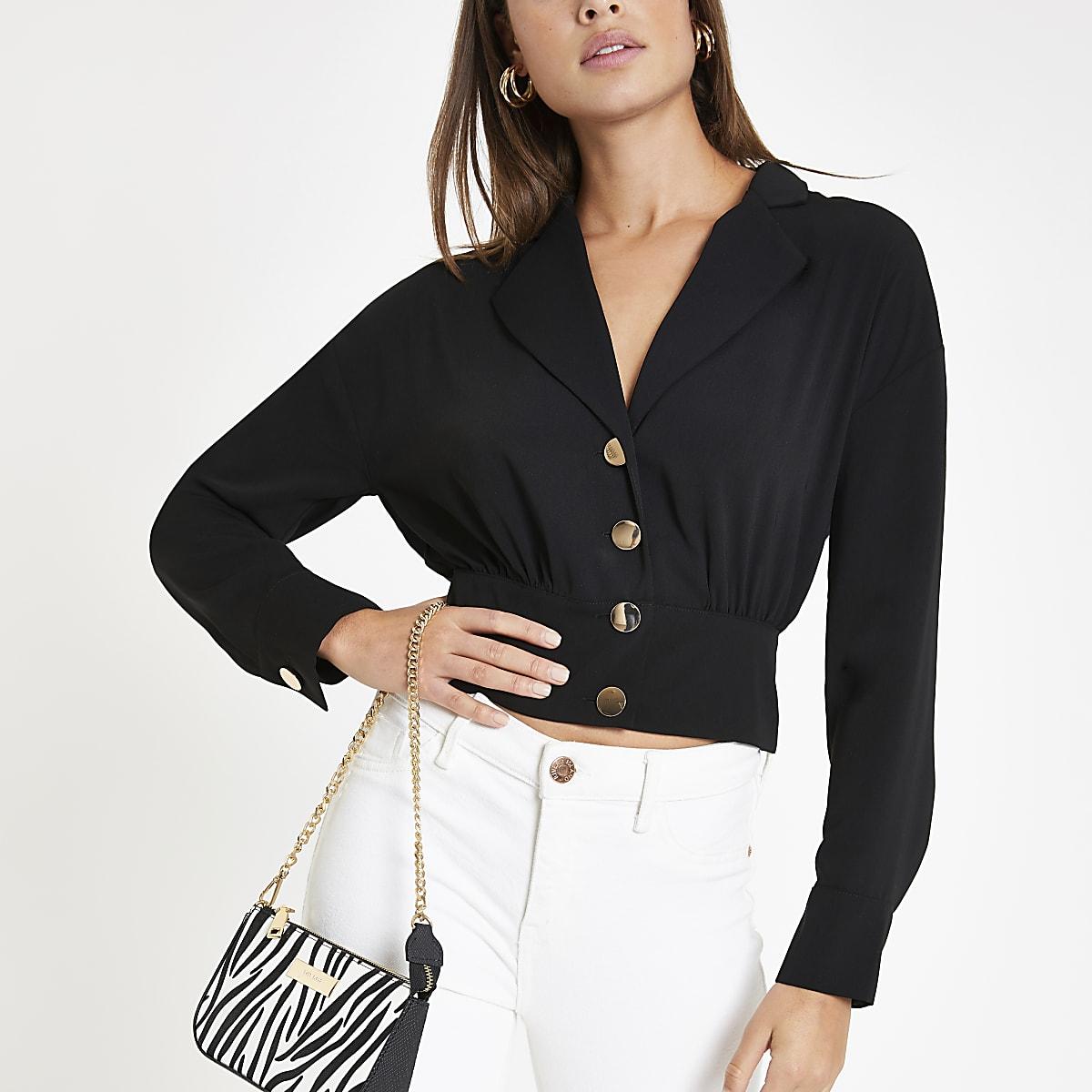 Veste-chemise noire boutonnée sur le devant
