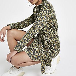 Robe chemise en denim camouflage kaki