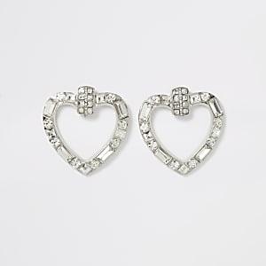Zilverkleurige oorbellen met hartje en diamantjes