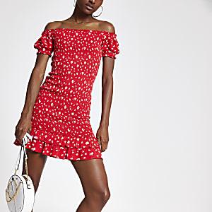 Rode jurk met print en pofmouwen