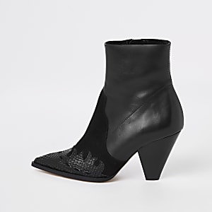 6377841815c Black leather pointed western boots