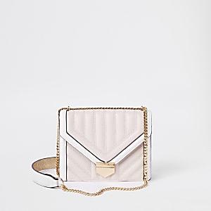 Roze en witte doorgestikte crossbodytas