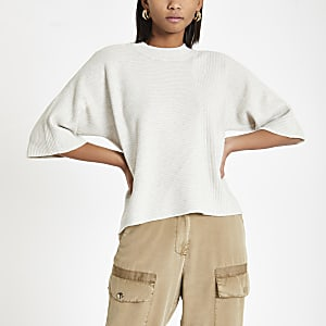 Cream flare sleeve knit T-shirt