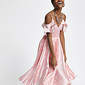Roze schouderloze geplooide swingjurk met stippen