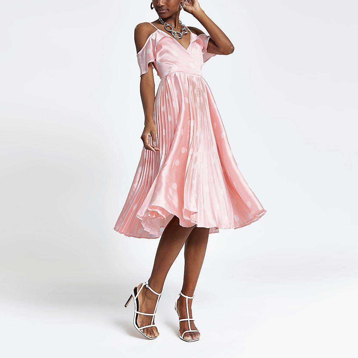 e29cc3ec00f7 Pink spot cold shoulder pleated swing dress - Swing Dresses ...