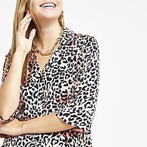 Pink leopard print crop shirt