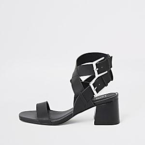 Zwarte sandalen met blokhak en twee gespen