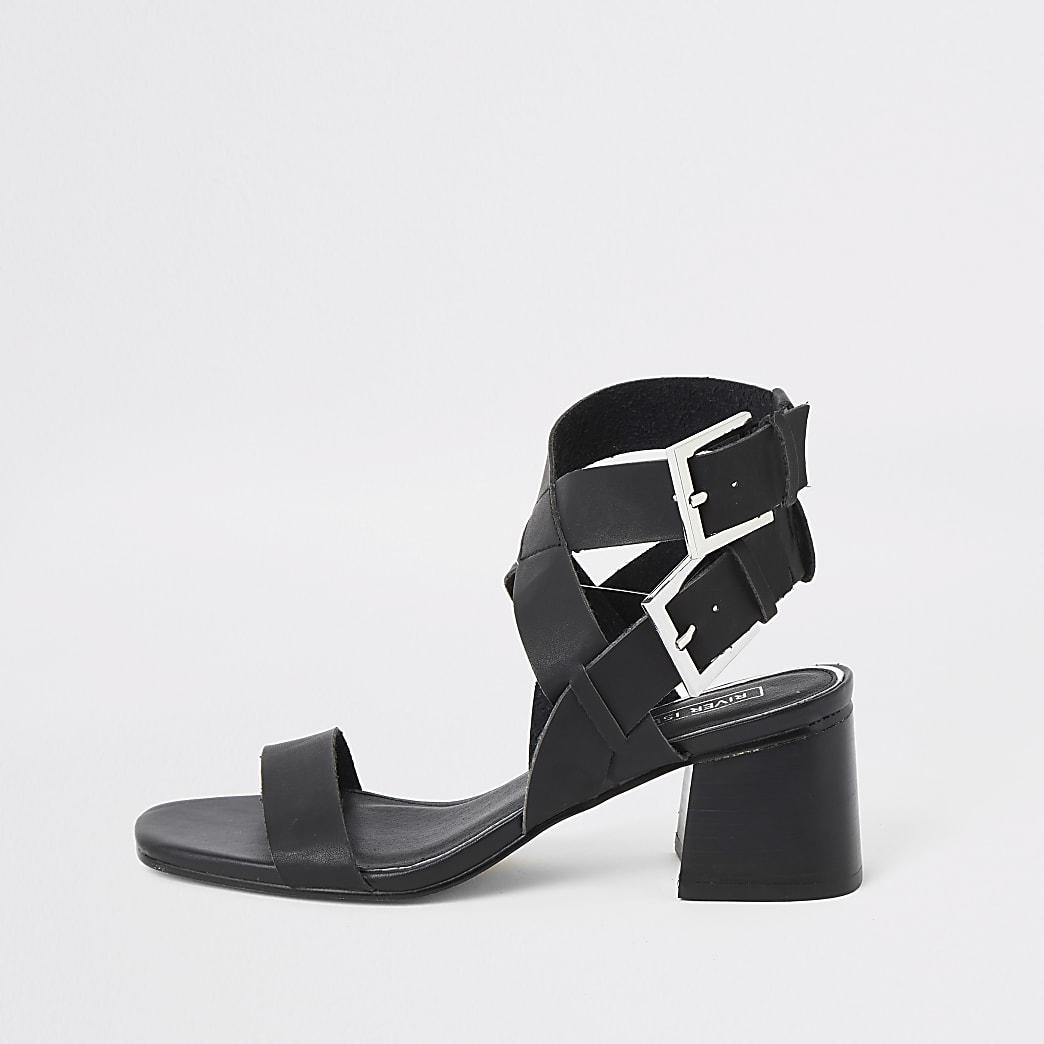 Sandales noires à deux boucles et talons carrés