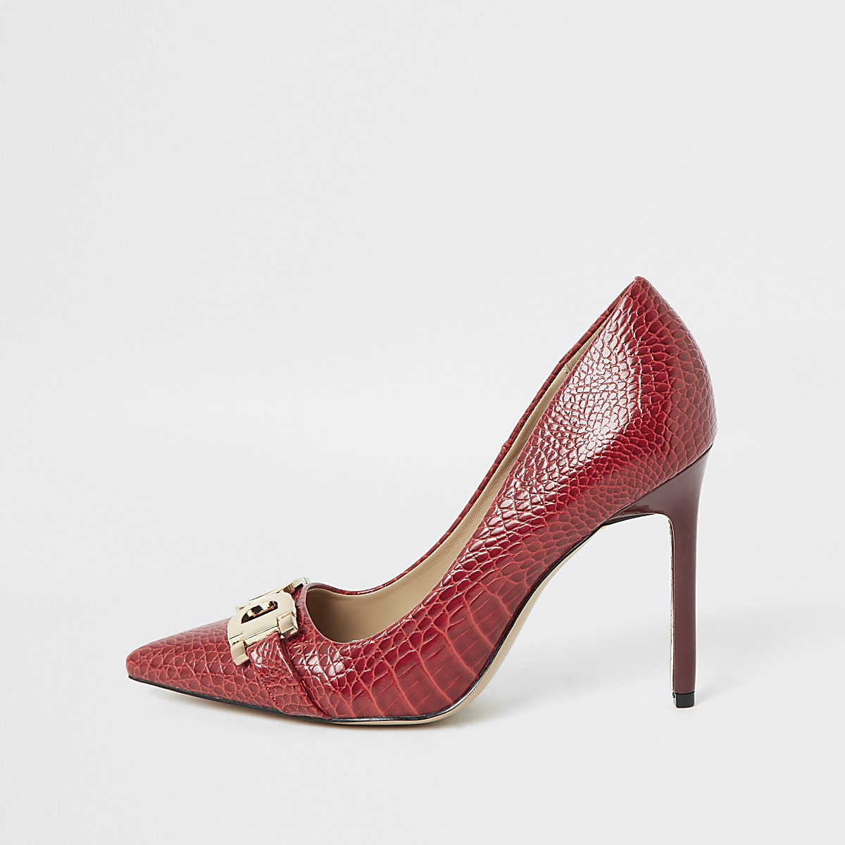 Red snaffle front pumps