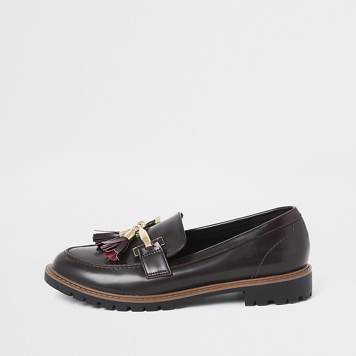 Donkerrode platte loafers met kwastje