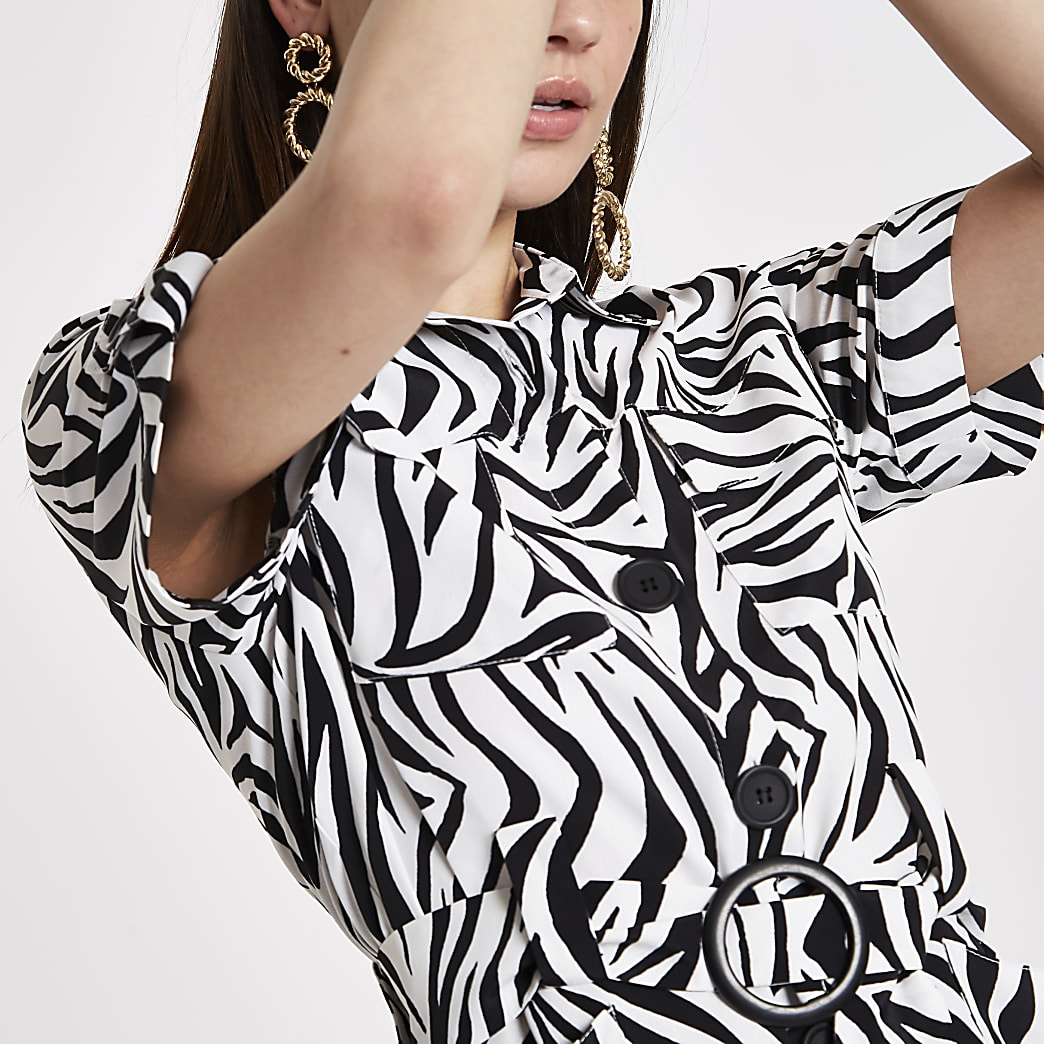 White zebra print belted waist shirt