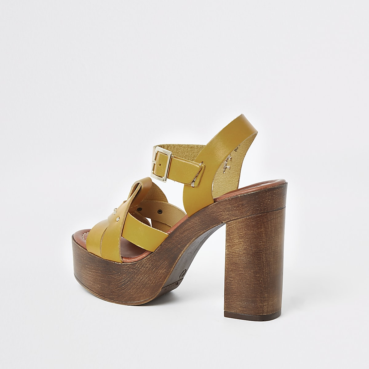 8687594909d2d Yellow leather studded platform heels
