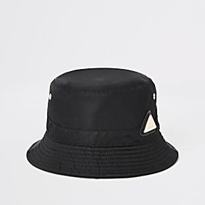 Zwart hoedje met RI-logo