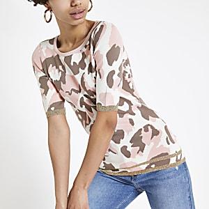 T-shirt en maille imprimé camouflage rose