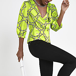 ca93b228a553d Green chain print double breasted blouse