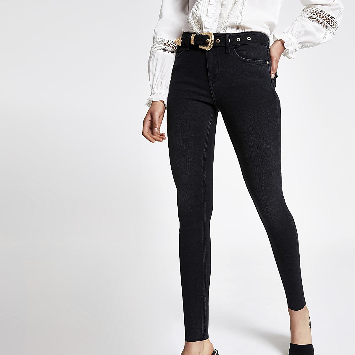 Amelie – Schwarze Super Skinny Jeans mit Gürtel