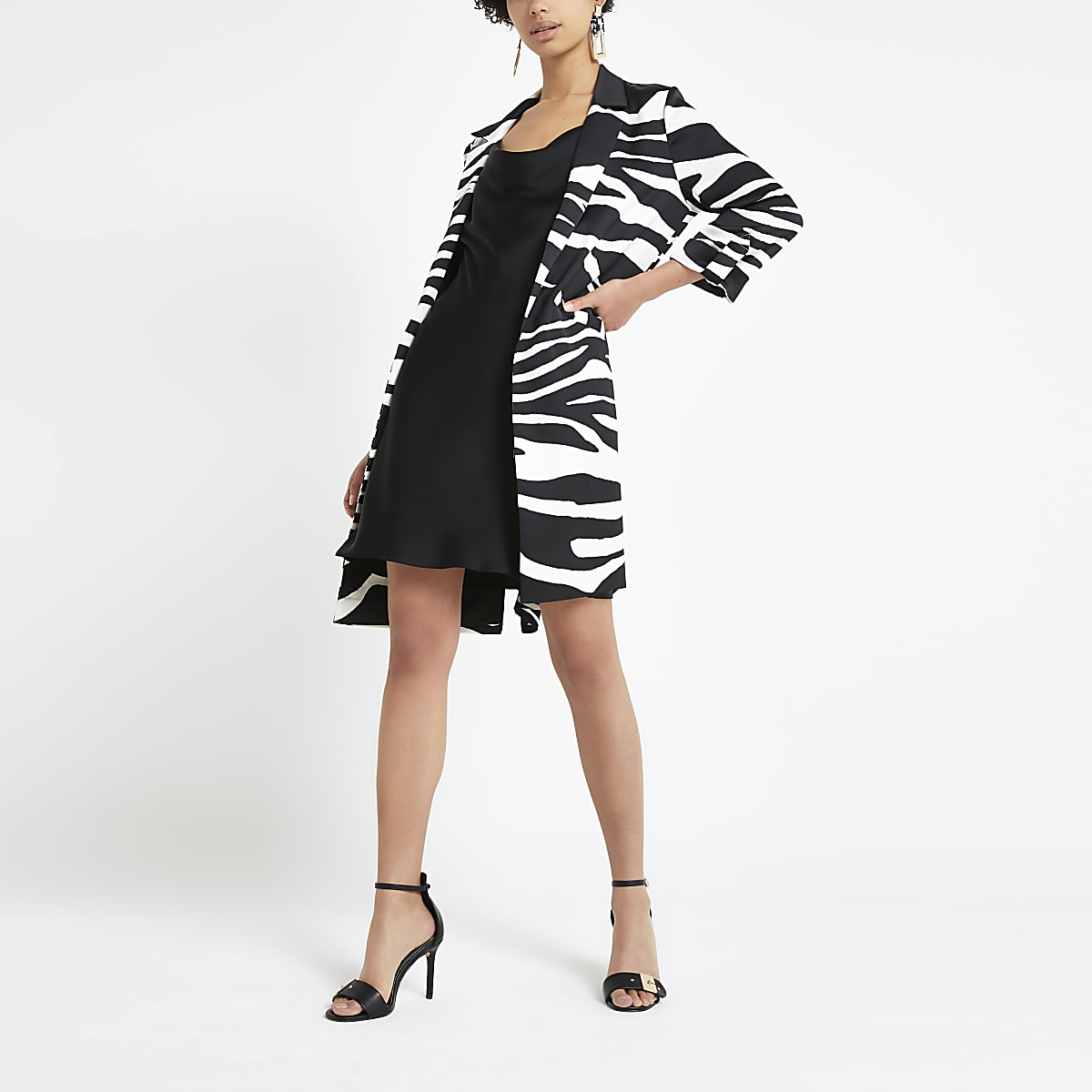 Zwarte lange blazer met zebraprint