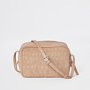 Mini sac à bandoulière rigide en cuir grain croco rose
