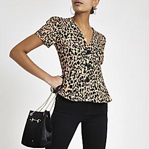 Bruine top met luipaardprint