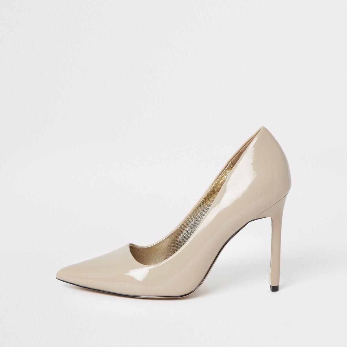 Beige skinny heel court shoes