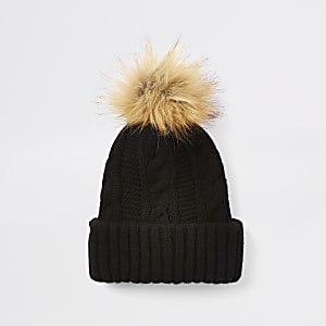 Black cable knit pom pom hat