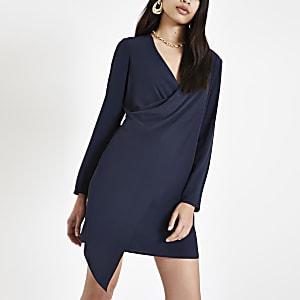 Robe trapèze bleu marine drapée sur le devant