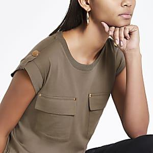 Khaki utility flap pocket T-shirt