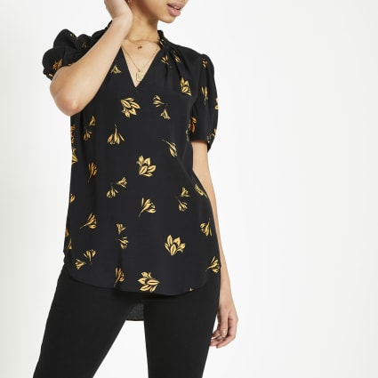 Black floral V neck shell top