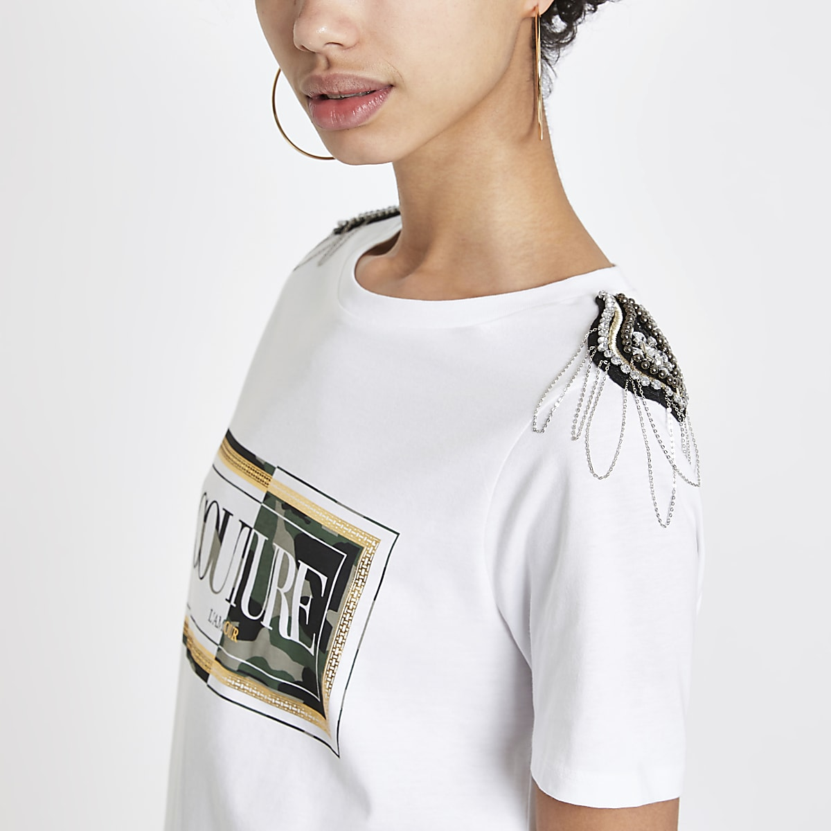 White camo shoulder embellished T-shrit