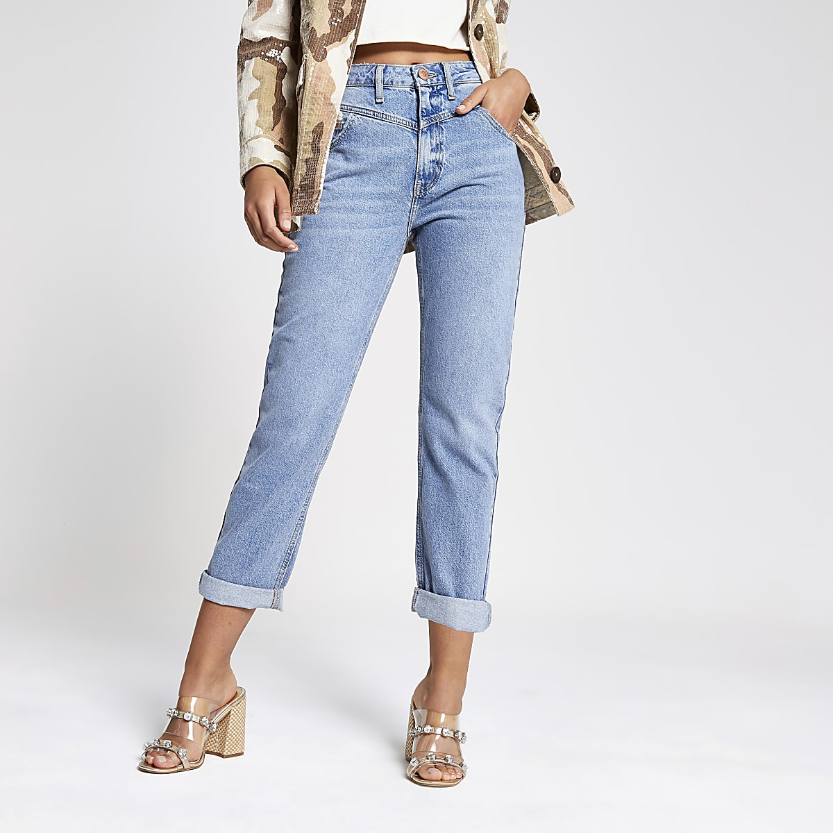 Middenblauwe mom jeans met hoge taille