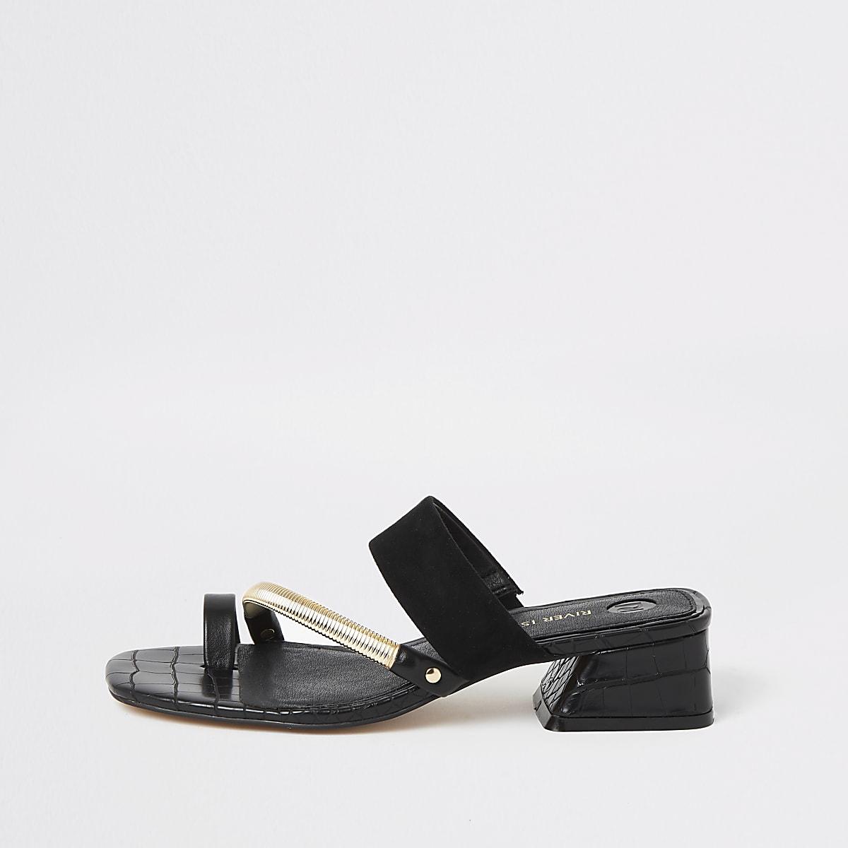 Sandales noires asymétriques avec bride au gros orteil