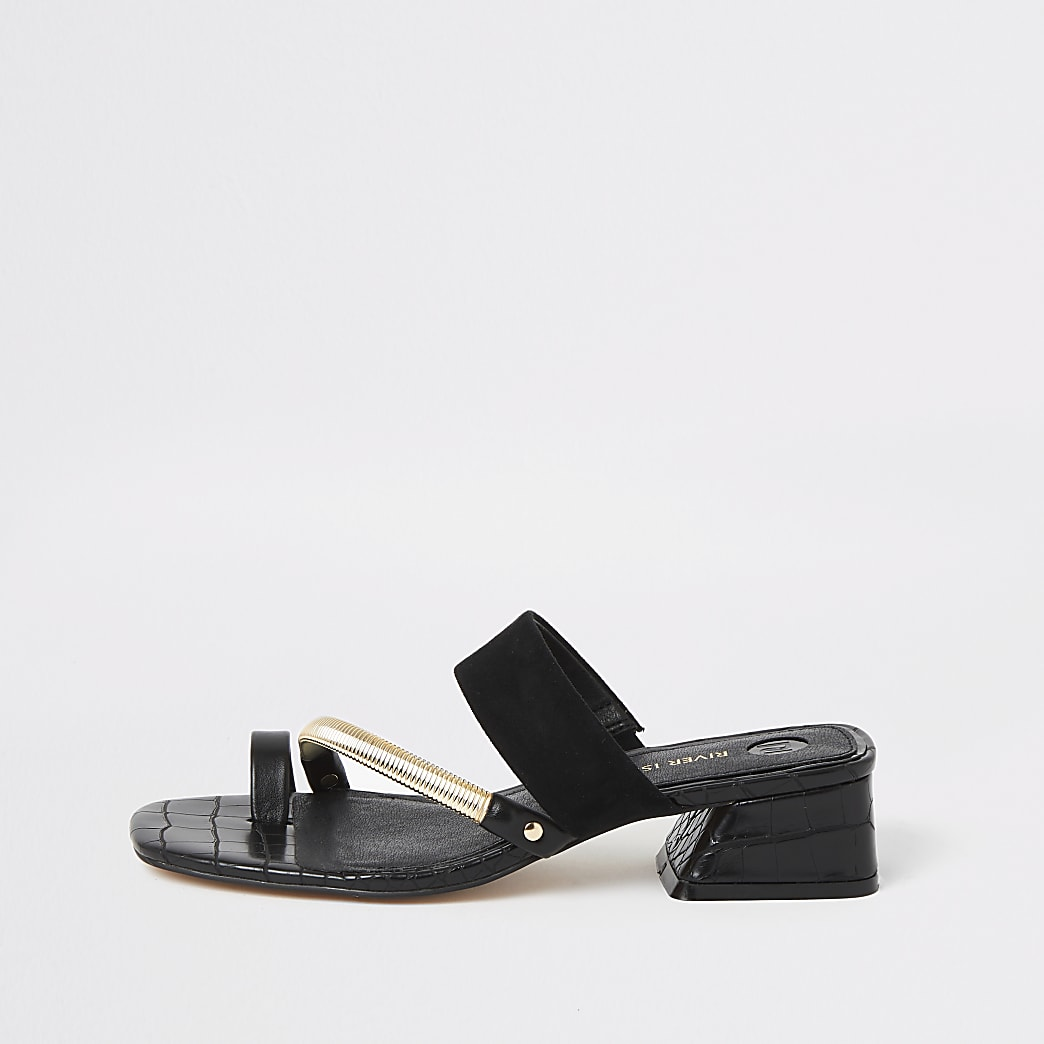 Black asymmetric toe ring sandals