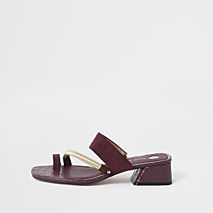 Dark red asymmetric toe ring sandals