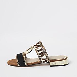 Sandales plates imprimé serpent marron