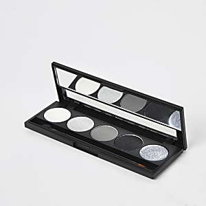 Smoke and mirrors eyeshadow palette