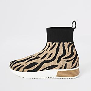 Braune Sneakers mit Tiger-Print