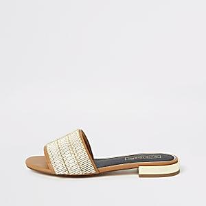 Sandales ornées marron