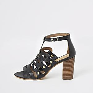 Rael - Zwarte sandalen met bandjes en blokhak