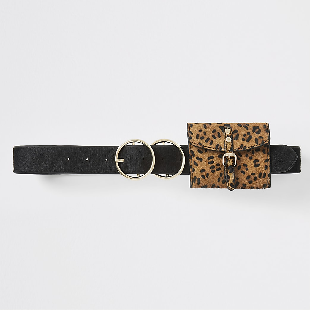 Zwarte portemonnee met riem en luipaardprint