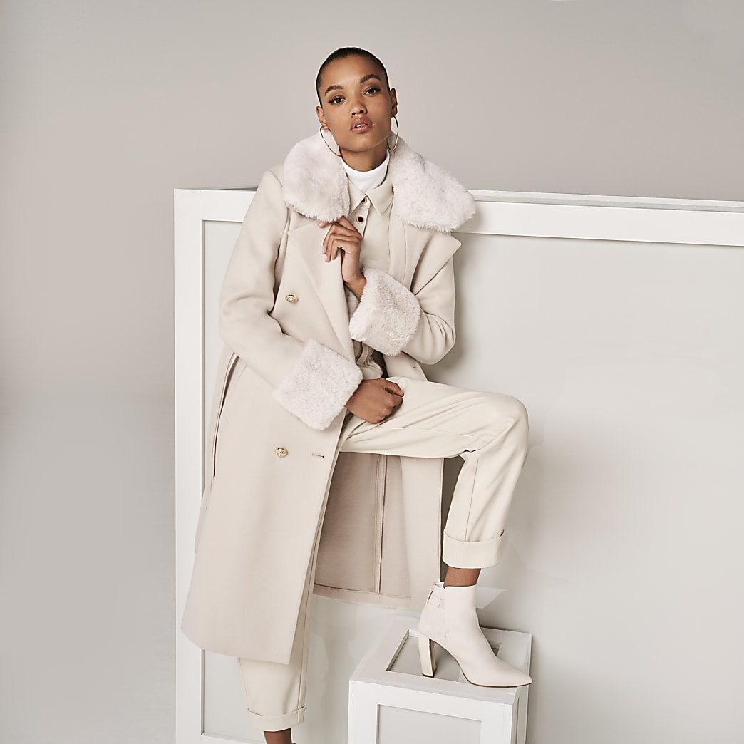 The Beige Villanelle Coat