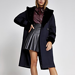 Marineblauwe double breasted jas met rand van imitatiebont