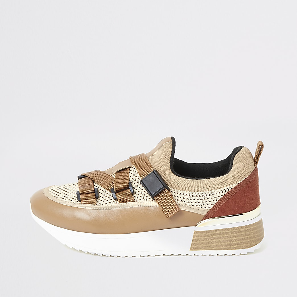 Beige sneakers met bandjes