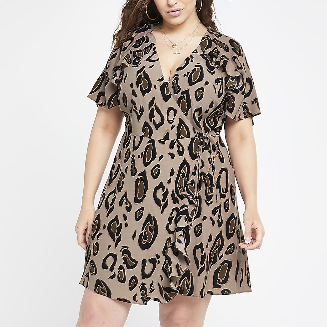 Plus brown leopard print tea dress