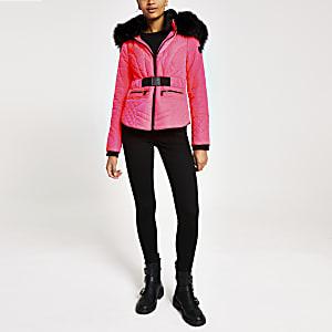 Neonpinke Jacke mit Kunstfellkapuze und Gürtel