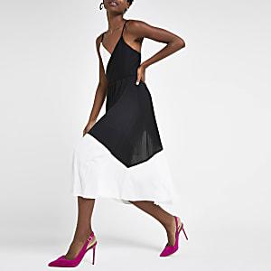 Black colour block plisse wrap dress