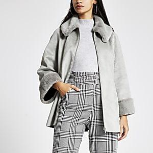 Veste-cape ensuédine gris