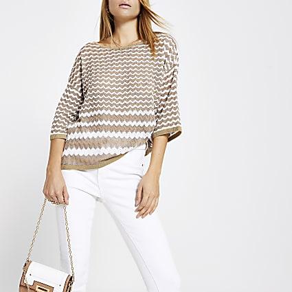 Beige zig zag print knit T-shirt