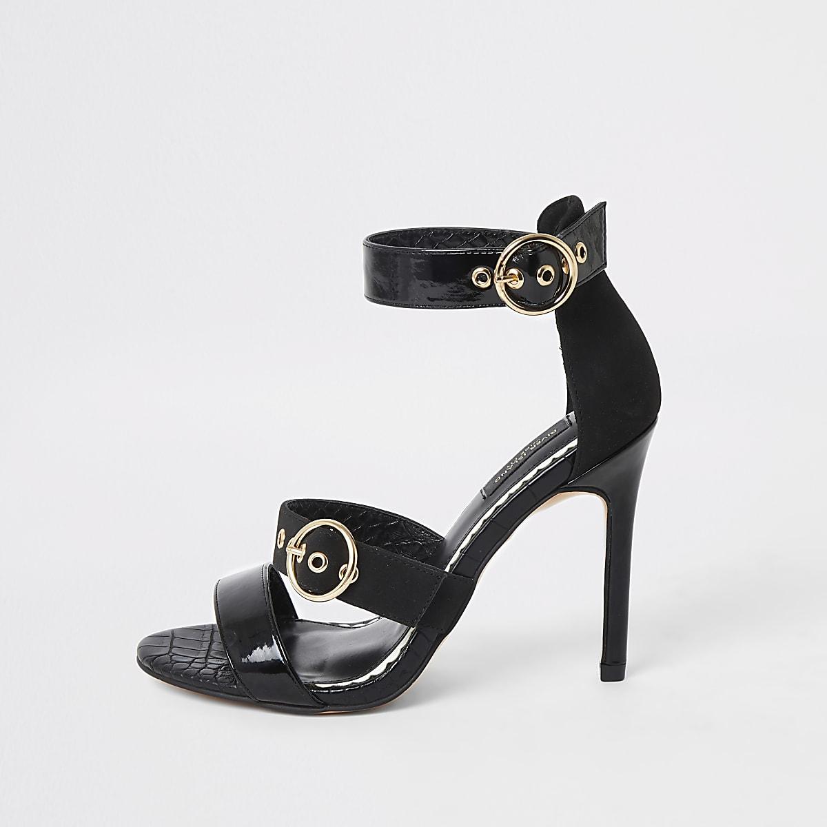Brede zwarte sandalen met hak en drie bandjes
